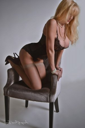 Coralie ebony escorts